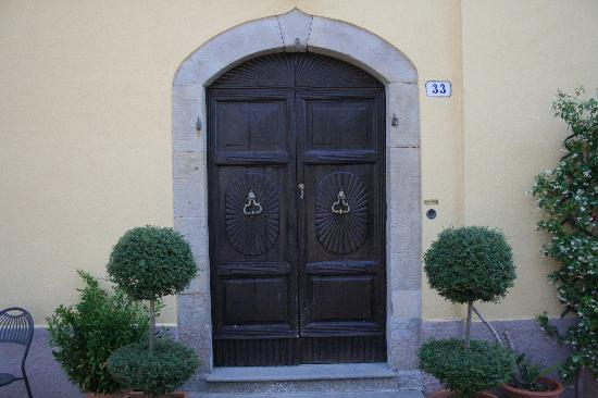 Fattoria La Palazzina : The famous door