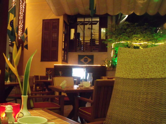 Zico's Brazilian Grill and Bar: Seating area