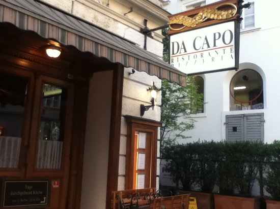 Da Capo: Restaurant from the Street