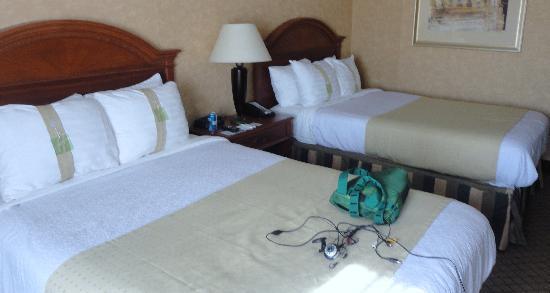 Holiday Inn Waterloo-Seneca Falls: First room smoking double