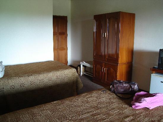Kumudara Hotel Bagan: superior room i was given first