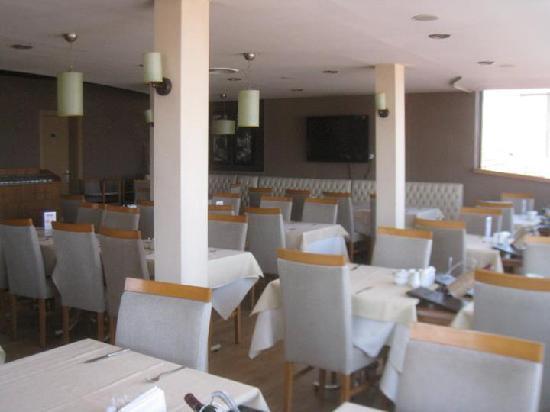 Hotel Abro Necatibey : Rooftop restaurant for breakfast