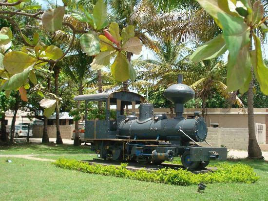 Puerto Plata, Republik Dominika: Alte dt. Lokomotive