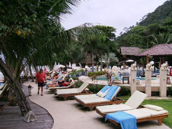 Kacha Resort & Spa, Koh Chang: liegen Strand Seite