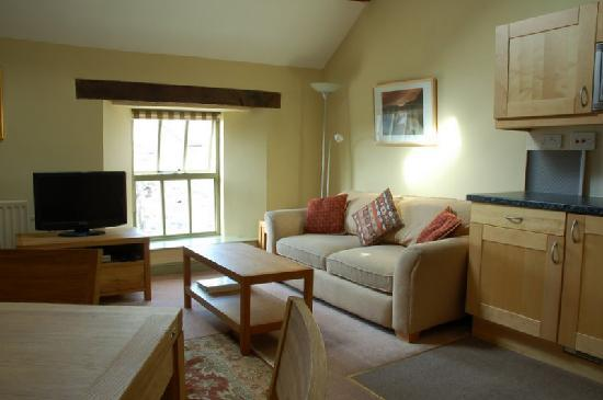 Church Farm Holiday Cottages: Lounge
