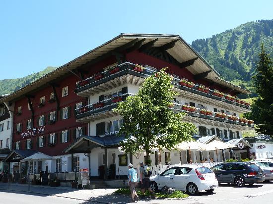 Riezler Hof: Aussenansicht Hotel