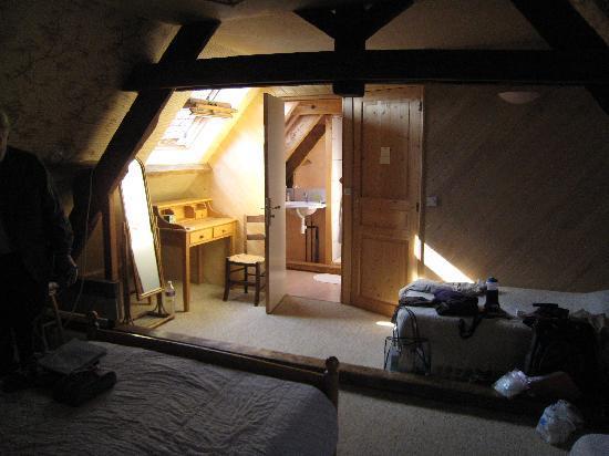 Les Chambres d'hotes Marie-Annette : Our attic room