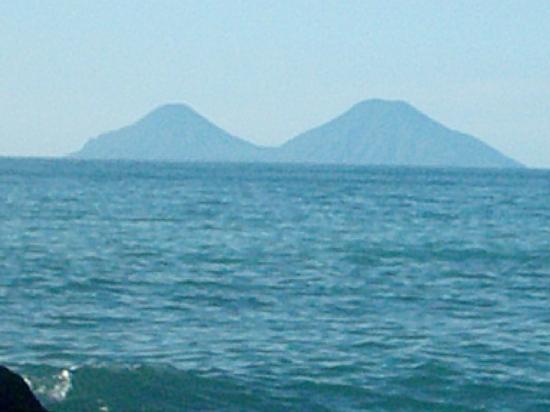 Riviera Del Sole: di fronte la spiaggia