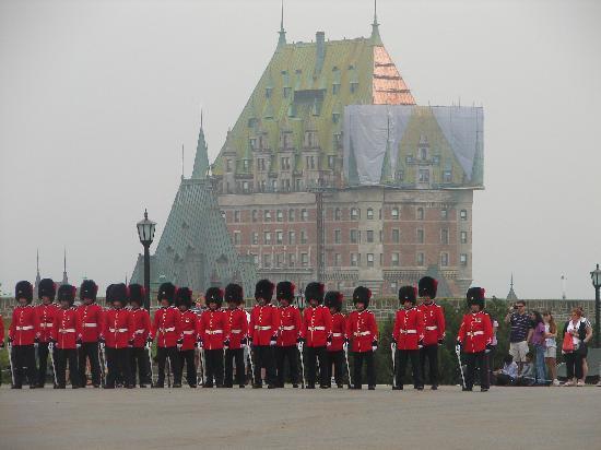 La Citadelle de Québec : Changing of the guard