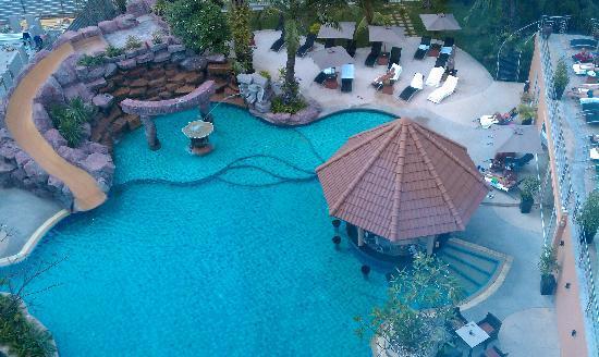 Nova Platinum Hotel Pattaya: pool