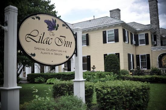 Lilac Inn: Courtesy of Felixrust.com