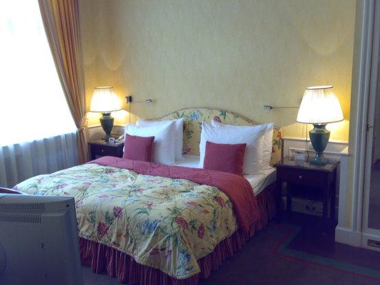 Le Palais Art Hotel Prague: Schlafzimmer