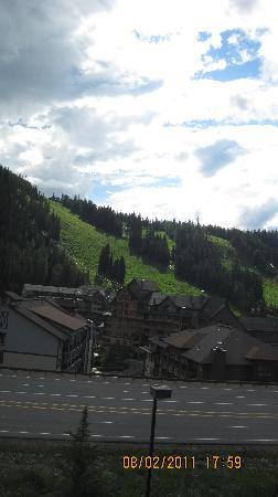 Winter Park Mountain Lodge : View from second floor room