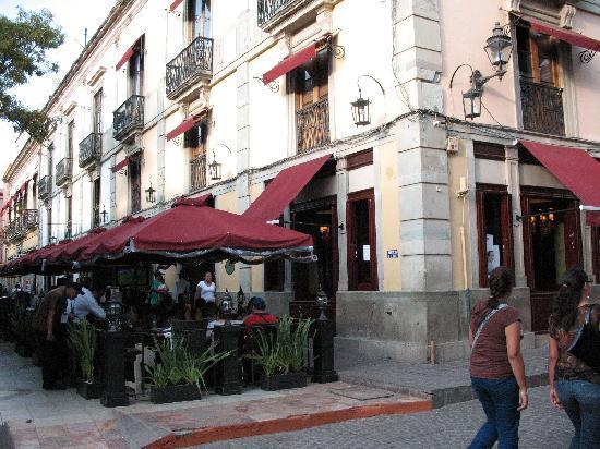Las Brisas Huatulco Hotel