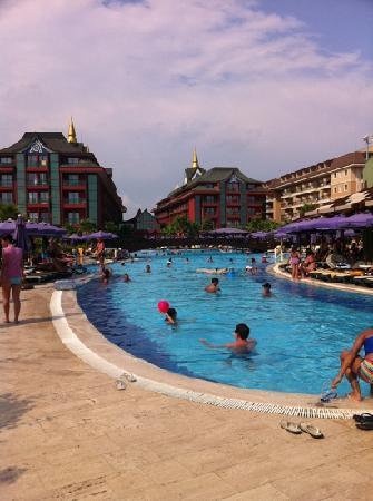 Siam Elegance Resort & Spa : hotel pool