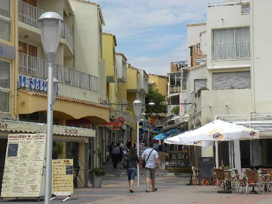 Cap d'Agde Naturist Village: Centro citta Agde