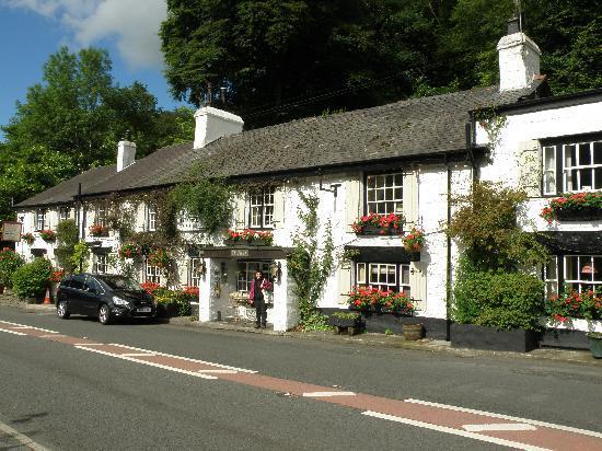 Ty Gwyn Hotel: Street view