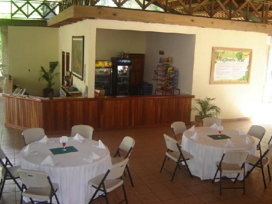 Ixpanpajul Nature Park: restaurant