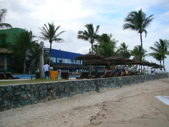 Arraial D'Ajuda Eco Resort: hotel visto da praia