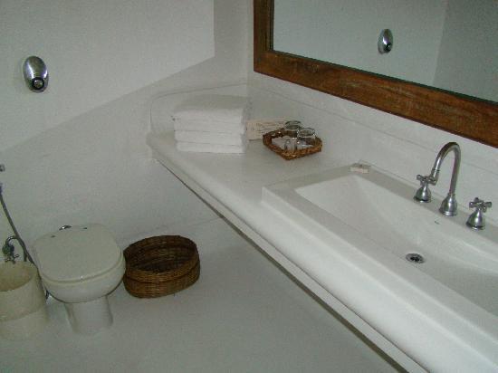 Arraial D'Ajuda Eco Resort: banheiro da suíte de frente para a praia