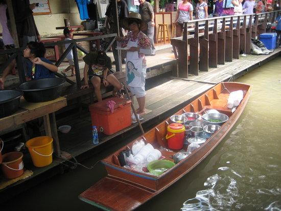 大林江水上市场