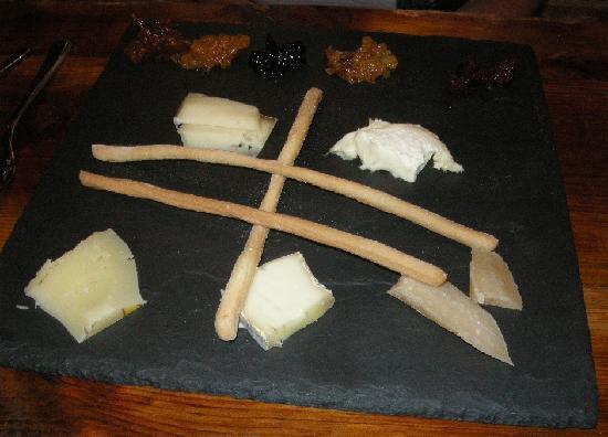 Osteria : Artisanal Cheese Platter