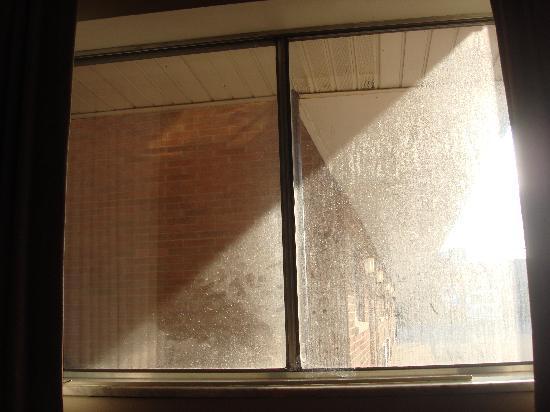 Rodeway Inn South: Sparkling clean windows
