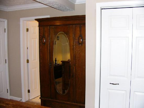 Carmel Cove Inn at Deep Creek Lake: Antique furnishings -- armoire