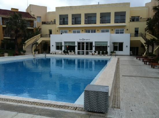 Punta Del Este Resort & Spa : Mantra pool and restaurant