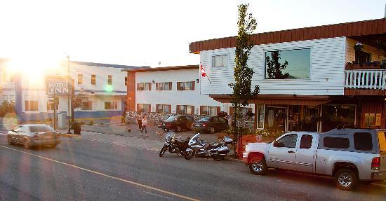 Downtowner Motor Inn: Conveniently located in the heart of the Creston Valley.