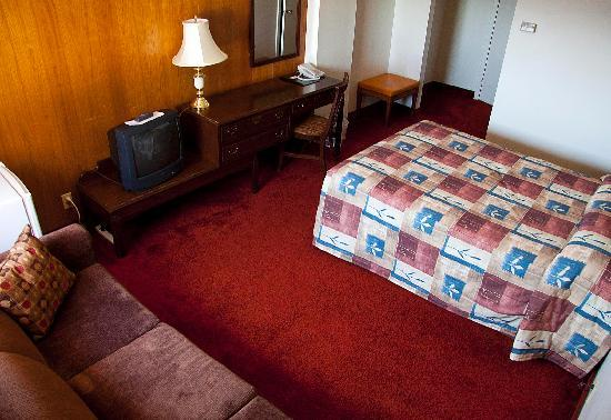 Downtowner Motor Inn: A single room. Fully furnished, including the most comfortable couch you'll ever sit on.