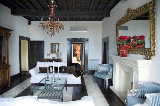 "Casa Gregorio: ""Grand Salon"""