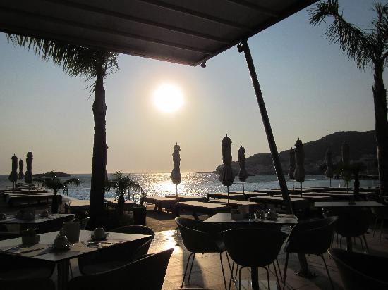 Alimounda Mare: 's morgens bij het ontbijt