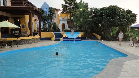 Mantaraya Lodge: pool