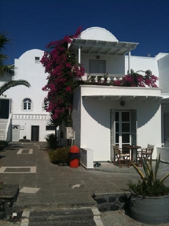 Mediterranean Beach Resort: Facciate esterna stanze