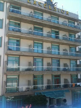 Hotel Excelsior: facciata dell'hotel