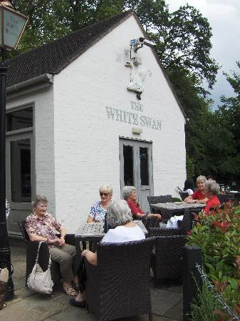 The White Swan: Viaduct Gardening Club relaxing after a lovely lunch!