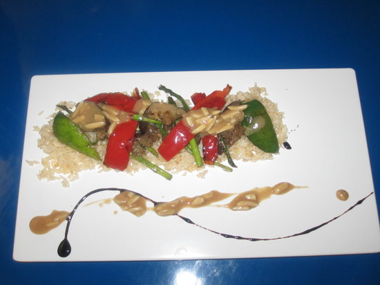 Upstairs Bar and Grill: Grilled Vegetables on Rice