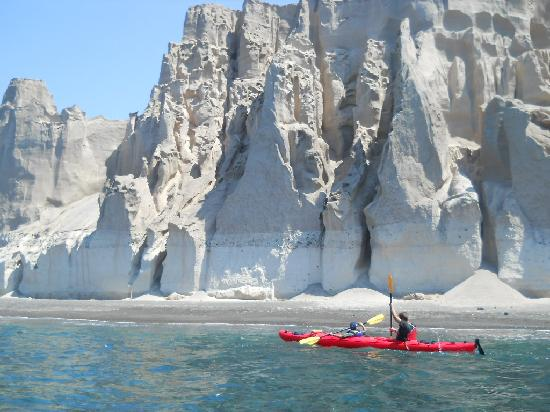 Akrotiri , Yunani: sea kayak