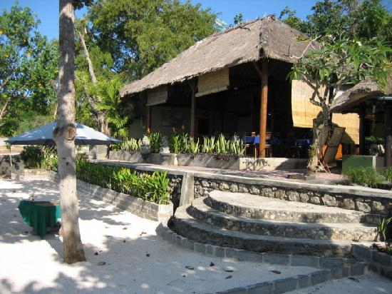Tamarind Beach Bungalows: Reception and restaurant