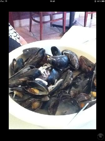 Bistro St. Jacques: Mussels
