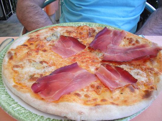 Baveno, Itália: Pizza