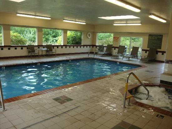 Holiday Inn Express Hotel Suites Burlington Indoor Pool