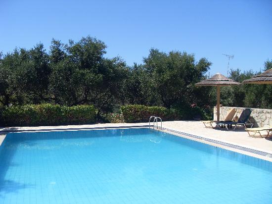 Elia Hotel & Spa: piscine