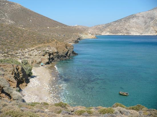 Anafi, Grecja: Une des belles plages de sable