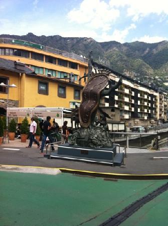 Andorra la Vella, Andorra: tiene hora?