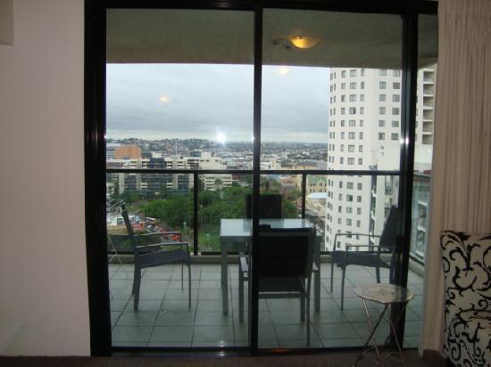 Republic Apartments: Balcony