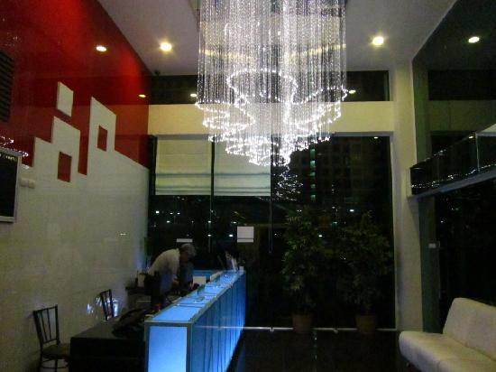 The Park Residence @ Bangkok: hotel reception