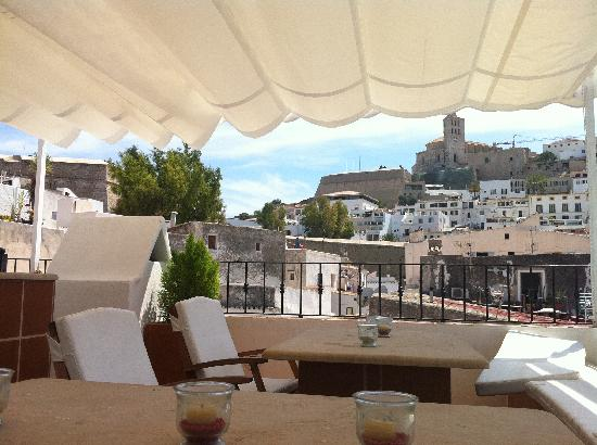 Mariano Apartamentos: The roof terrace - perfect for sundowners