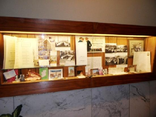 Finlen Hotel and Motor Inn: Displays of history